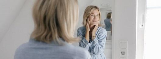 Symptome schmierblutungen wechseljahre Unterleibsschmerzen in